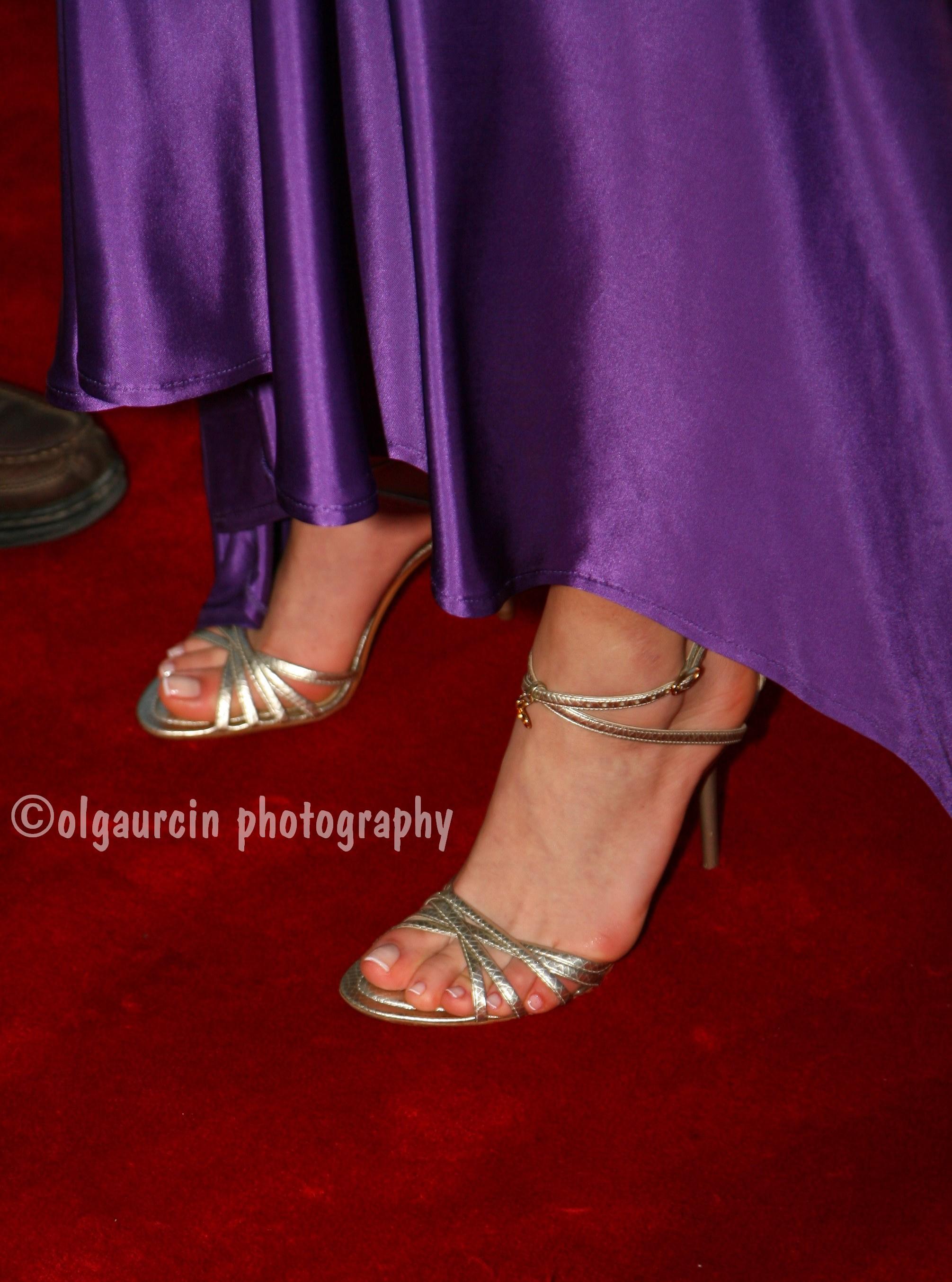 Sinem-Kobal-Feet-272839.jpg